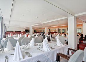 Panorama Restaurant MS Ariana